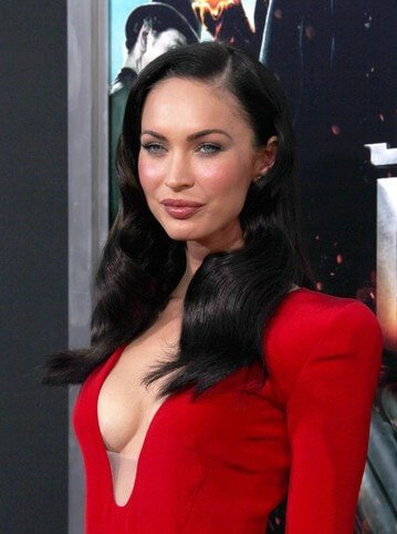 megan fox cara operada
