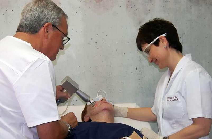 dra salvador y dr gregorio laser co2 tratamiento facial