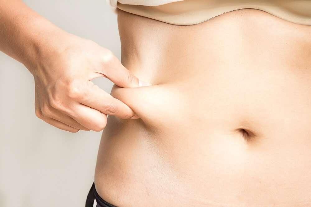 eliminar exceso de piel despues de perder peso
